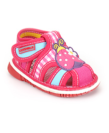 Cute Walk by Babyhug Sandals Ladybird Patch And Checks Print - Fuchsia Pink