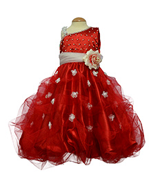 Simply Cute Pearl On Yoke Gown - Red