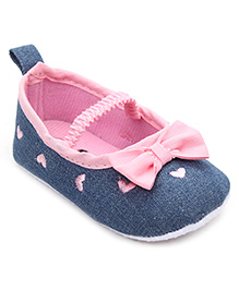 Cute Walk by Babyhug Booties Bow Applique - Blue Light Pink