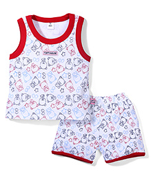 ToffyHouse Contrast Neckline T-Shirt And Shorts Teddy Print - White Red
