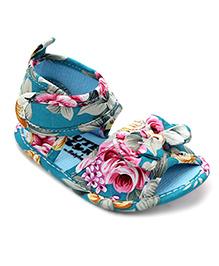 Cute Walk by Babyhug Sandals Bow Applique - Blue