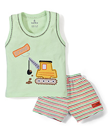 Child World Sleeveless T-Shirt And Shorts Crane Embroidery - Green