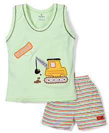 Child World Sleeveless T-Shirt And Shorts Crane Embroidery - Light Green