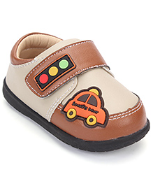 Season Bear Trendy Shoes With Car Print - Brown