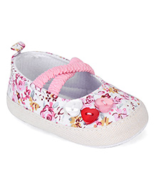 Cute Walk by Babyhug Booties Floral Design - Pink White