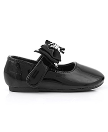Kittens Shoes Ballerina Bow Applique - Black