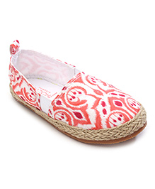 Pumpkin Patch Belle Shoes Ethnic Print - Coral and White