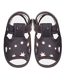 Kidofy Star Print Pair Of Sandals - Grey