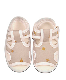 Kidofy Star Print Pair Of Sandals - Beige