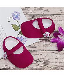 D'chica Cute Summer Flower Shoes - Fuchsia
