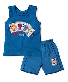 Zero Sleeveless Vest And Shorts Card Trick Print - Teal Blue