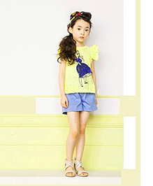 Cherry Blossoms T-Shirt & Shorts With Doll Print - Yellow & Blue
