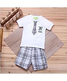 Dells World Tie Print T-Shirt & Checkered Print Shorts Set - White & Multicolour
