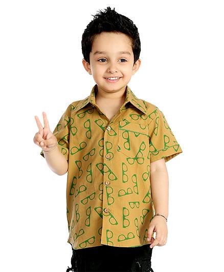 Little Pockets Store Vintage Half Sleeve Shirt  - Brown