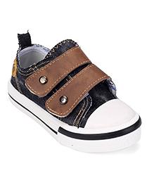 Cute Walk by Babyhug Canvas Shoes - Black