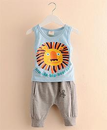 Mauve Collection Lion Face Print T-Shirt & Pants - Blue & Grey