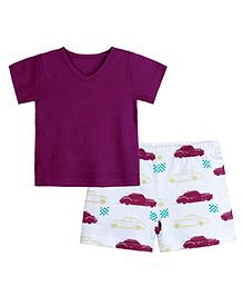 Chic Bambino Car Design T-Shirt & Shorts Set - Maroon & White