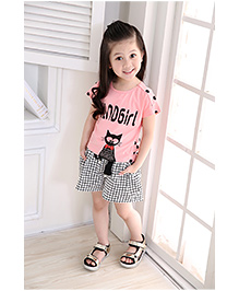 Dells World Cat Print Top And Checkered Shorts - Pink White & Black