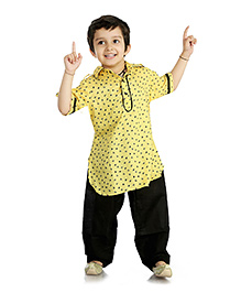 Little Pockets Store Stylish Pathani Sets - Yellow