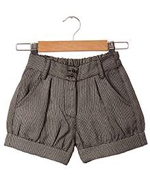 Hugsntugs Small Checks Shorts - Black