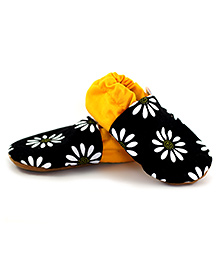 Skips Slip On Jootie Booties Floral Print - Black and Yellow