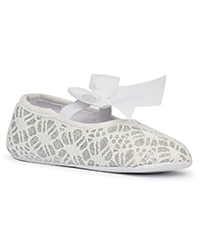 Pikaboo Glitters And Lace Prewalker Booties - White