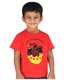 Snowflakes Half Sleeves T-Shirt Pirate Ship Print - Red