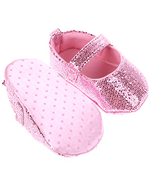 Wow Kiddos Baby Moccasin Soft Sole Shoes - Pink