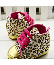 Wow Kiddos Leopard Print Crib Shoes - Leopard Print