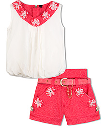 Stupa Fashion Shorts & Top With Belt Flower Patch Work - Pink