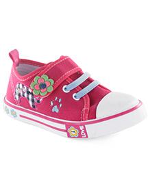 Cute Walk by Babyhug Casual Shoes Floral Applique - Dark Pink