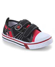 Cute Walk by Babyhug Casual Shoes Star Smiley Patch - Black And Red