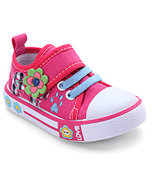 Cute Walk by Babyhug Casual Shoes Floral Applique - Pink
