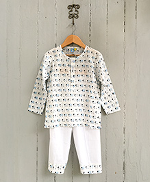 Frangipani Kids Sheep Pasture Print Pajama & T-Shirt - Off White