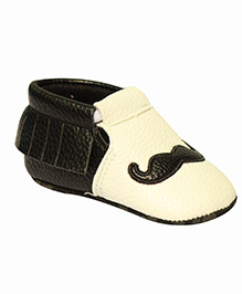 Kiwi Slip-On Booties Moustache Embroidery - Black White