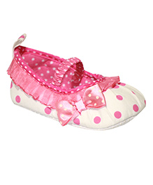 Kiwi Booties Polka Dots Print - White and Pink