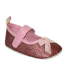 Kiwi Booties Bow Applique - Pink