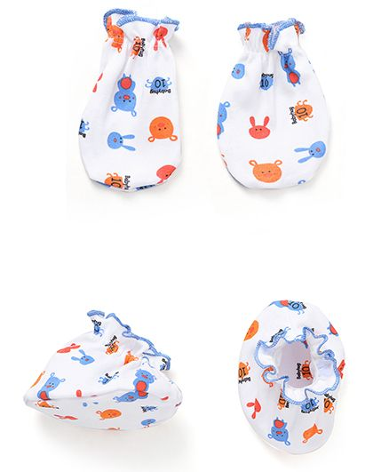 Babyhug All Over Teddy Print Mittens And Booties Set - White & Blue