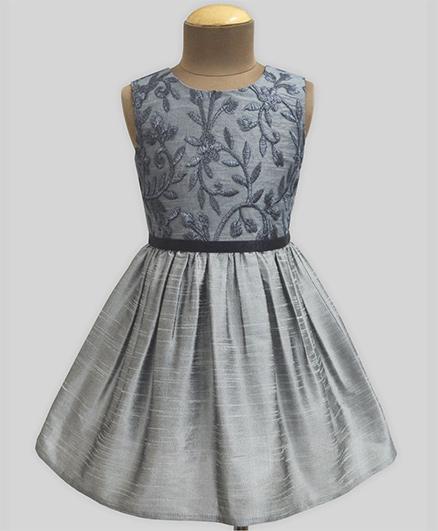 A.T.U.N Urban Daisies Slate Fit & Flare Dress - Silver