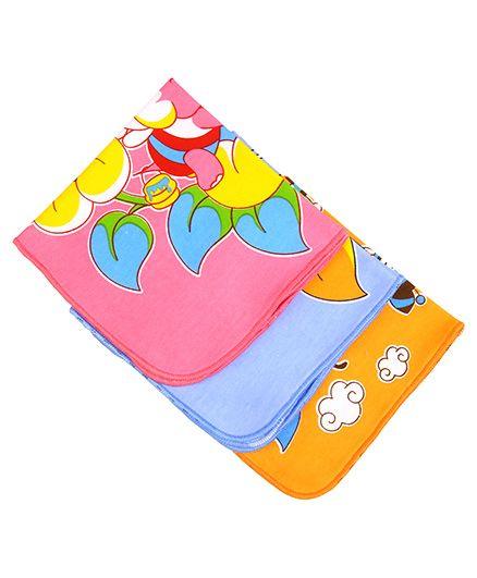 MomToBe Animal Print Baby Napkins Pack Of 3 - Multicolor