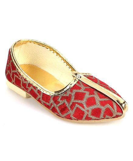 Ethniks Neu Ron Traditional Mojari Shoes - Maroon