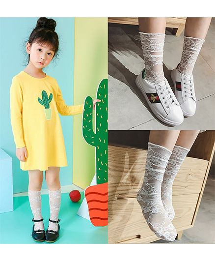 Dazzling Dolls�Floral Lace Slouch Socks - Off White