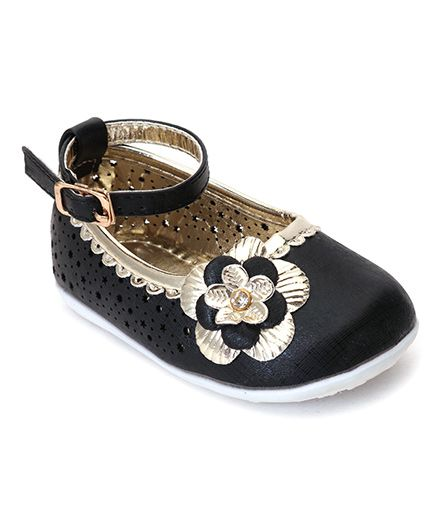 Cutewalk By Babyhug Belly Shoes With Floral Applique - Black
