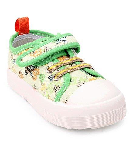 Cute Walk by Babyhug Canvas Shoes - Green White
