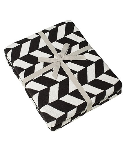Pluchi Am & A Knitted Twin Size Bed Blanket - Black & White