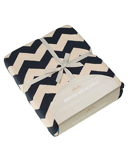 Pluchi Chevron Knitted King Size Bed Cotton Blanket - Beige & Navy Blue
