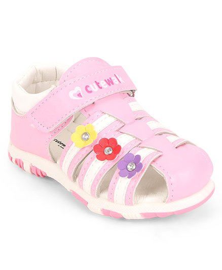0c06959b816066 Cute Walk by Babyhug Closed Toe Sandal Velcro Closure Floral Patch - Pink