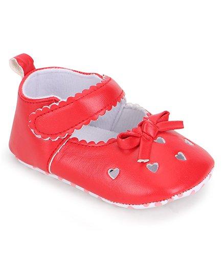 Cute Walk by Babyhug Heart Design Booties - Red