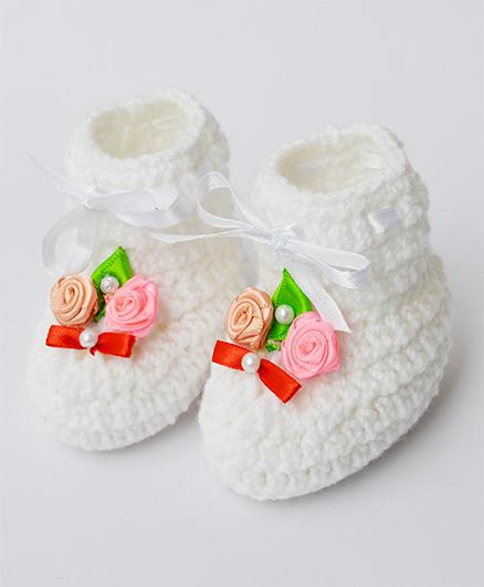 Love Crochet Art Classic Booties - White