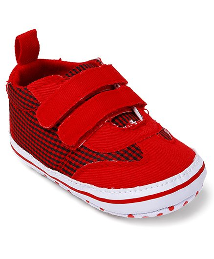 Cute Walk by Babyhug Shoes Style Check Booties - Red